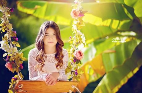 בת מצווה נדנדת פרחים