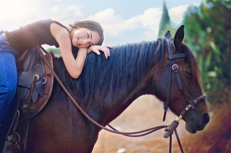 בוק בחווה על סוס