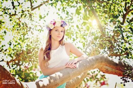 דיאנה על עץ אלה