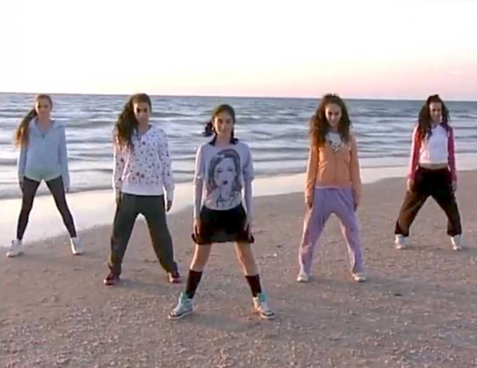 קליפ לבת מצווה - רוקדים בחוף הים